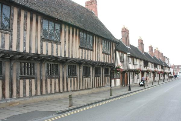 8/29 Historical building in Stratford