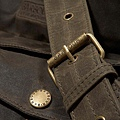 barbour-wax-touring-bag-olive-detail