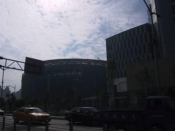 漢神巨蛋(Hanshin Arena) 體育場部份