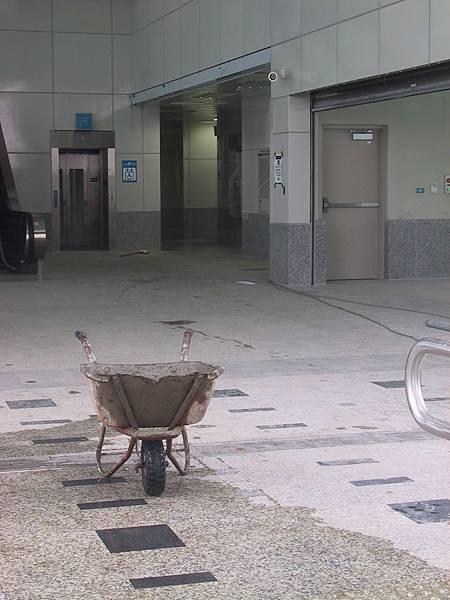 R22 出口大廳