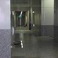 緊急出口走廊