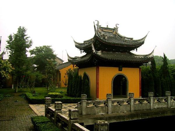 南湖園全福寺