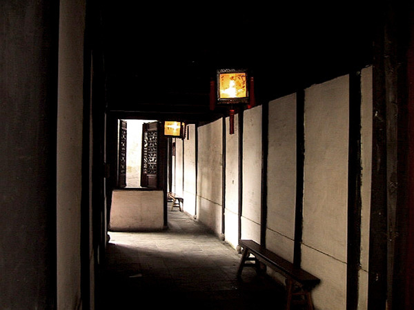 沈廳內的長廊