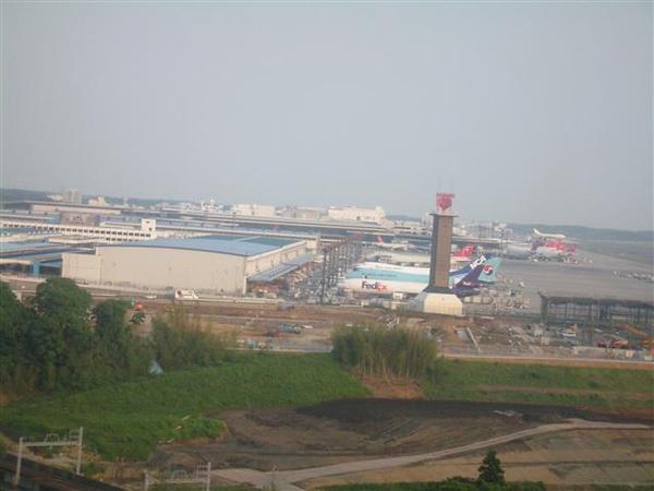 970606-B落腳處05-可看到成田機場.JPG