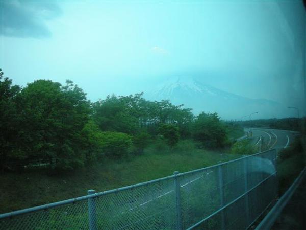 970607-F前往落腳處01富士山.JPG