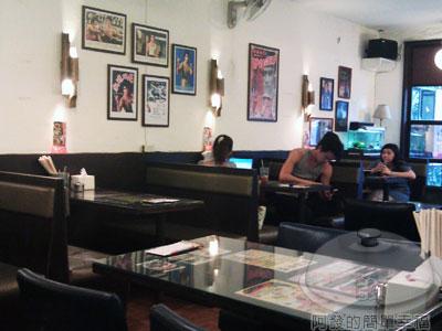 好好味茶餐廳11-二樓一角.jpg