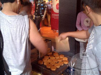 新竹-站前一巷特製雞蛋糕07-花朵型
