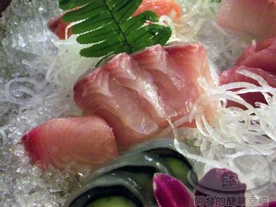 新東南海鮮料理13-深海魚刺身會鮮貝