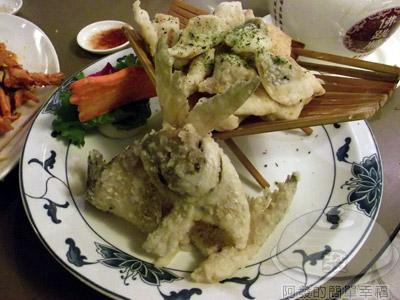 新東南海鮮料理26-日式炸白鯧魚