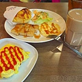 向陽晨間飲食館09港式套餐+薯餅塔