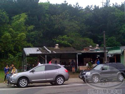 萬里-知味鄉烤玉米01-老店對面後來又開的攤位