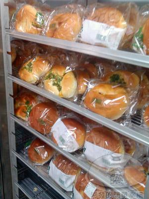 台大農場展示中心02-麵包櫃