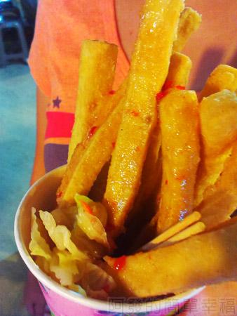 八口子卡拉臭薯條04很像薯條
