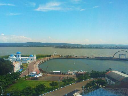 新竹-南寮漁港16旅客服務中心-俯望地中海風情區