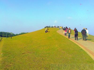 八里騎車趣08-十三行文化公園