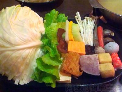台中輕井澤14-火鍋菜盤