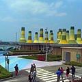 改建後的富基魚港03A棟主要販售生鮮及加工魚產品