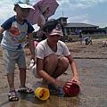 改建後的富基魚港17淺水灣玩沙戲水