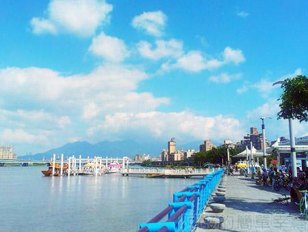 大稻埕碼頭06湛藍的河濱景緻