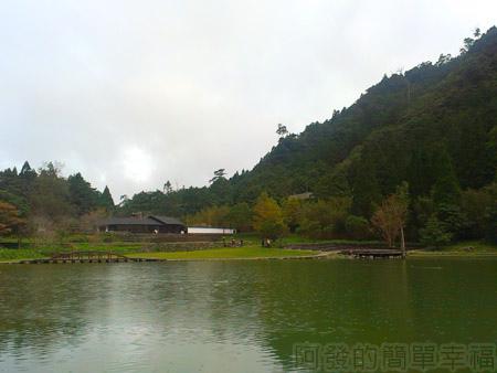 北橫明池賞楓31雨中明池