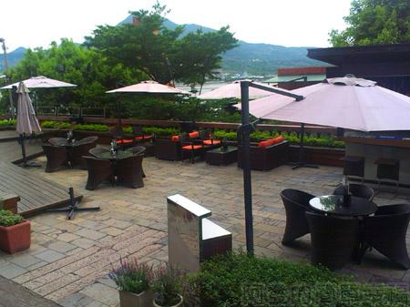淡水-紅樓中餐廳05庭園.jpg
