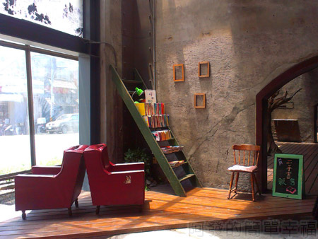 宜蘭市-舊書櫃03