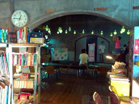 宜蘭市-舊書櫃10