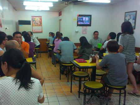 板橋-高益麵館03用餐環境
