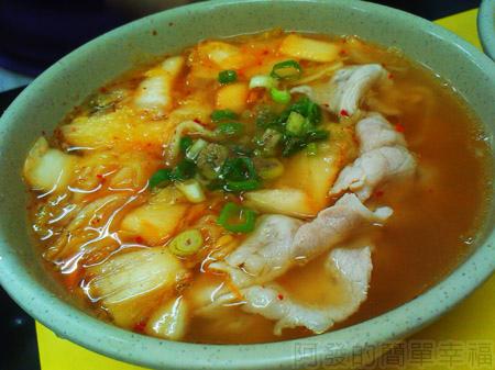 板橋-高益麵館16泡菜麵