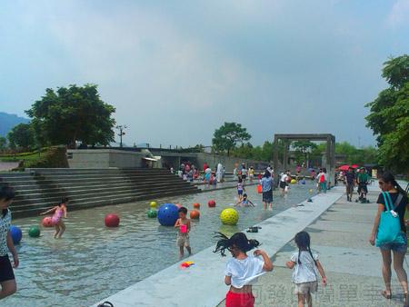 鶯歌陶瓷博物館07戲水池