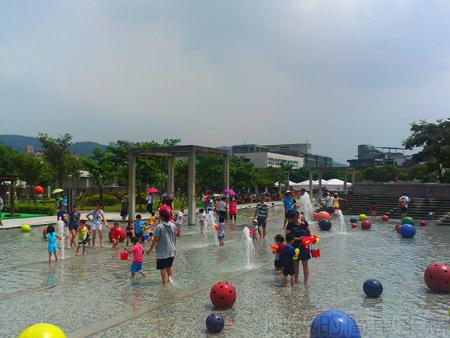 鶯歌陶瓷博物館08戲水池