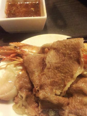 品火鍋-帝王蟹鍋物33牛小排
