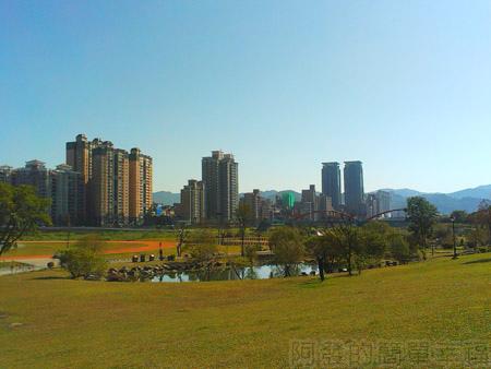 新店陽光運動園區20景觀雨水池