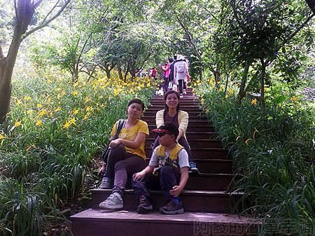 新社-沐心泉16-木棧階梯