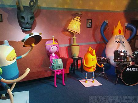 探險活寶-阿寶老皮特展24-吸血鬼艾薇爾的家內