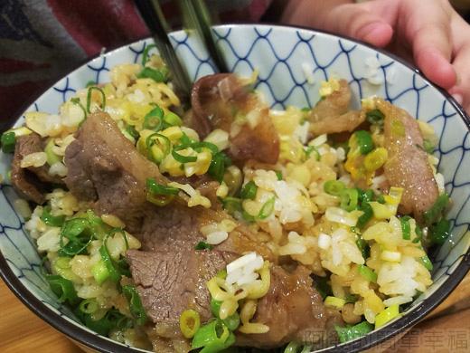 內湖-開丼燒肉vs丼飯25日出燒肉丼-拌一拌