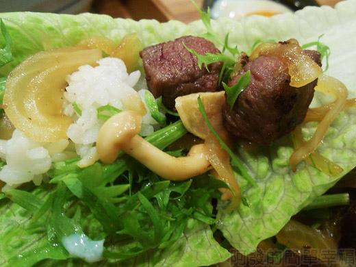 內湖-開丼燒肉vs丼飯30骰子菲力丼-菜包菲力