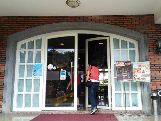 礁溪-伯朗蘭花咖啡館05咖啡館大門