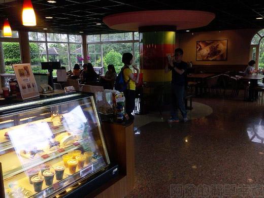 礁溪-伯朗蘭花咖啡館09一樓環境