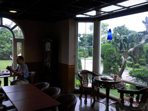 礁溪-伯朗蘭花咖啡館10一樓環境古樸典雅