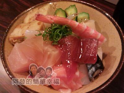 新莊美食列表-西餐_牛排_異國料理02-鮭鮮人壽司屋