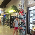 鶯歌-鶯歌老街09-老街陶館-巨大陶瓷品