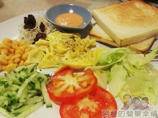 板橋-找餐屋13陽光蔬菜套餐特寫