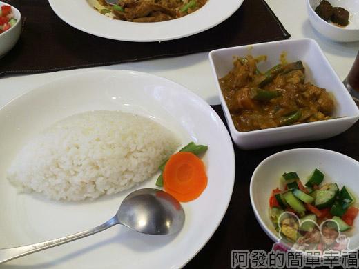 淡水重建街33蔬菜咖哩套餐(素).jpg