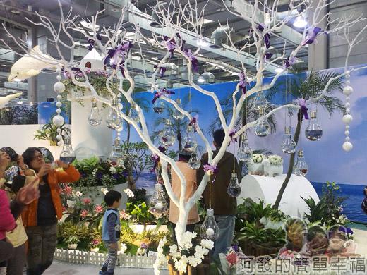 臺北花卉裝置藝術設計大展64-臺灣之美-東亞之光-燈樹裝置設計