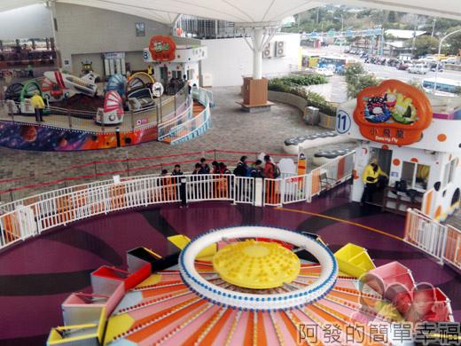 兒童新樂園62-5F-3銀河號IIV-搭乘的窗外景觀.jpg