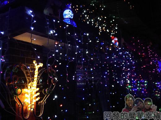 吉慶里聖誕巷31-很有FU的住家門口