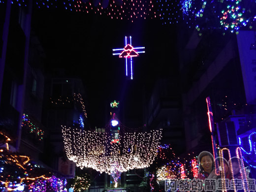 吉慶里聖誕巷45-整個很繽紛散播歡樂的聖誕巷