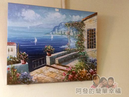 米妲咖啡06-牆上的畫作