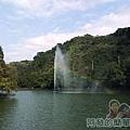 長埤湖風景區08-湖中的半人造彩虹